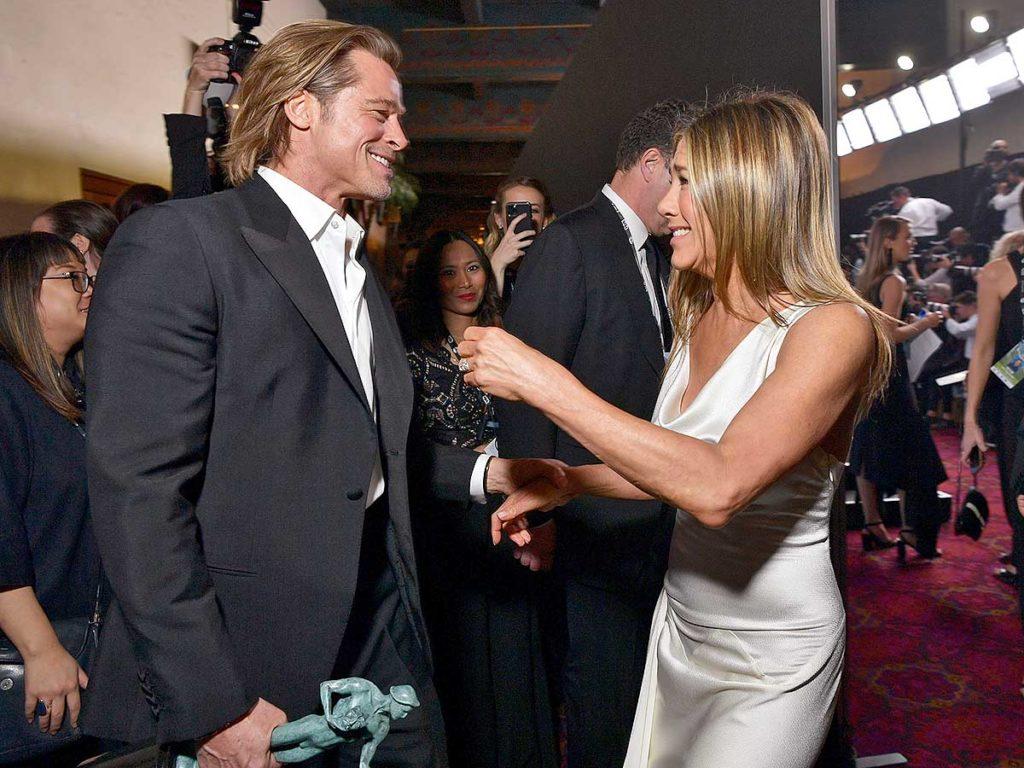 Las bromas de Brad Pitt y Jennifer Aniston en su reunión virtual prenden fuego a las redes 1
