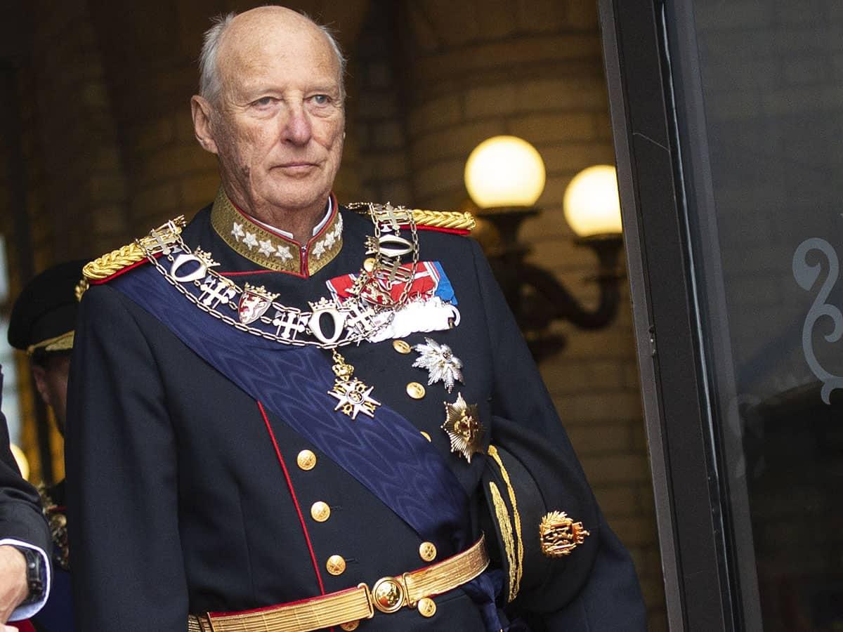 El rey Harald de Noruega, en la UCI después de una cirugía cardíaca 2
