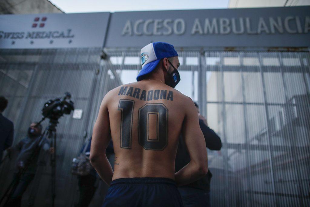 Diego Maradona debe someterse a una cirugía cerebral tras una misteriosa caída 2