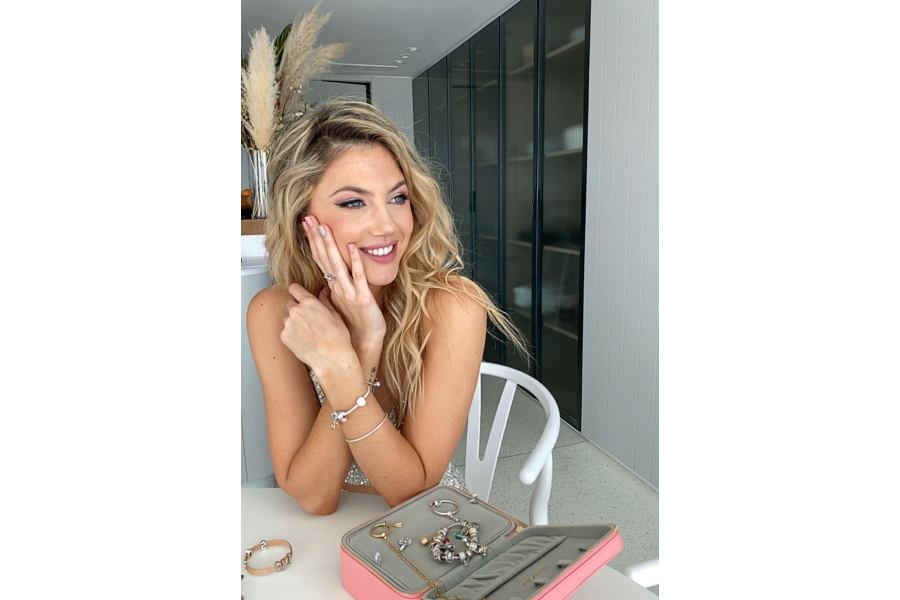 Pandora Squad, las mujeres que inspiran los accesorios - Cosmopolitan Magazine 1