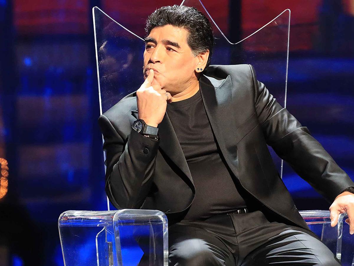 Fotos del cadáver de Maradona se vuelven virales e indignan a los argentinos 10