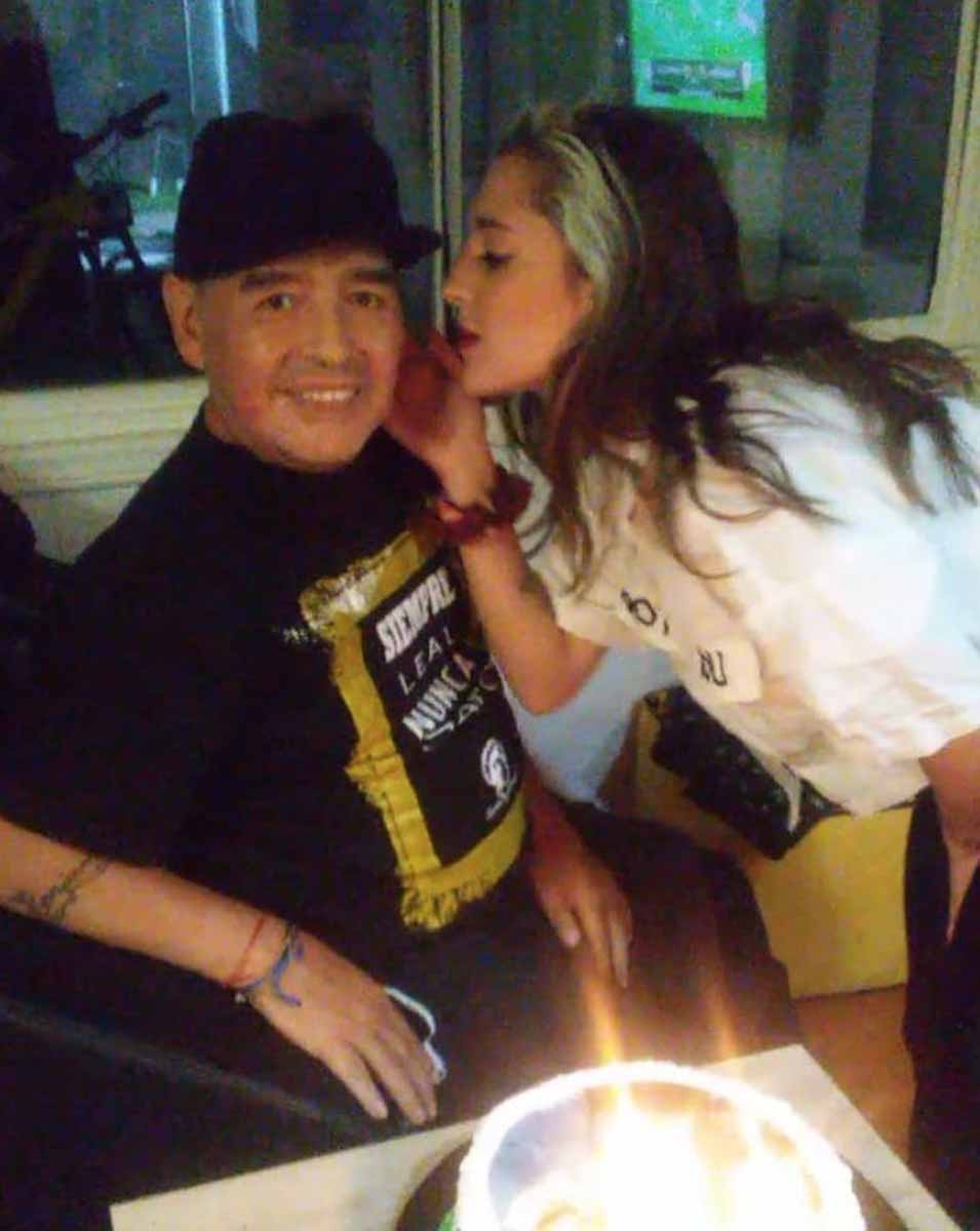 "La desgarradora carta de despedida de Dalma, la hija de Maradona: ""Estoy destrozada"" 12"