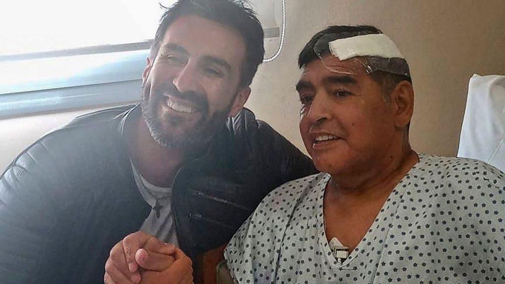 El médico de Diego Armando Maradona, acusado de irregularidades en su muerte 2
