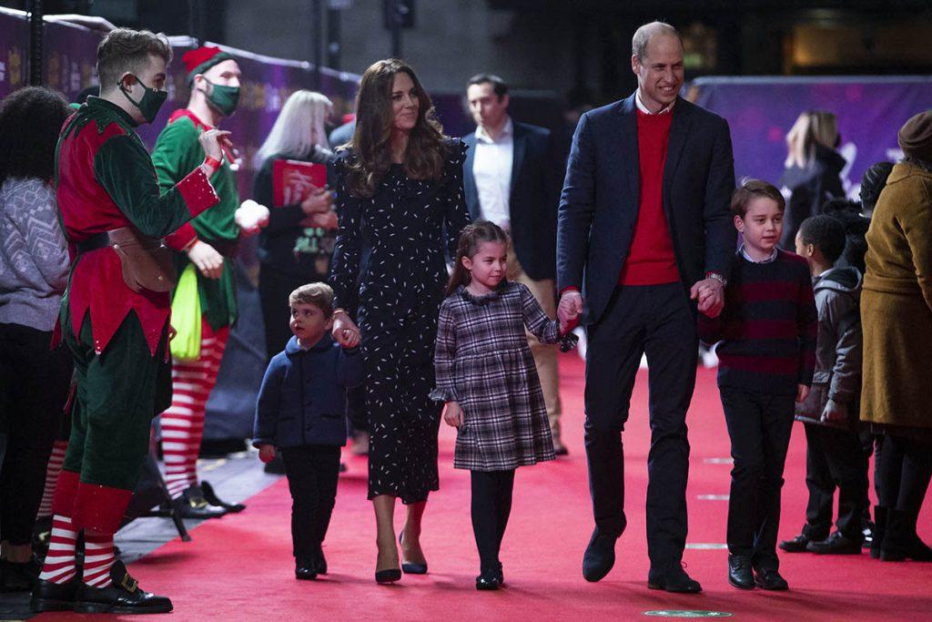 Estilo rústico y original: las hermosas felicitaciones navideñas de los duques de Cambridge 2