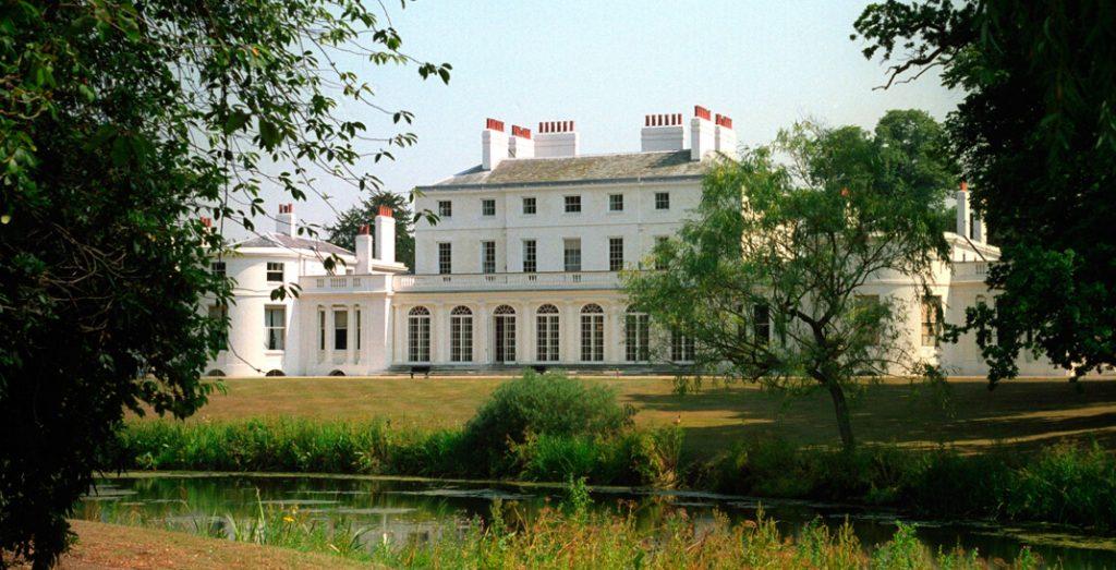 Eugenia de York y su esposo abandonan inesperadamente la residencia de Sussex seis semanas después de mudarse 4