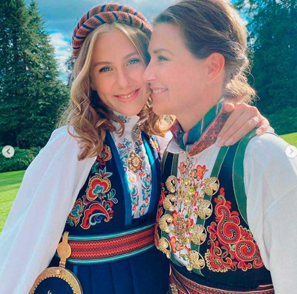 Marta Luisa de Noruega recuerda a su exmarido, Ari Behn, en el primer aniversario de su muerte 4