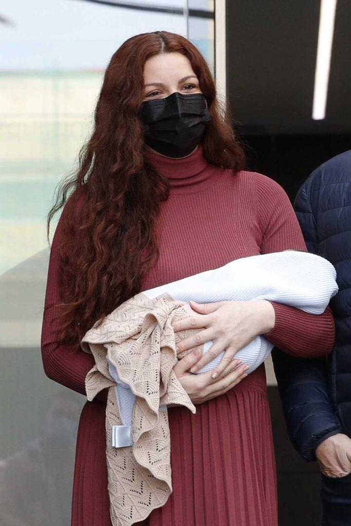 Joaquín Cortés y Mónica Moreno salen del hospital con su segundo hijo 2
