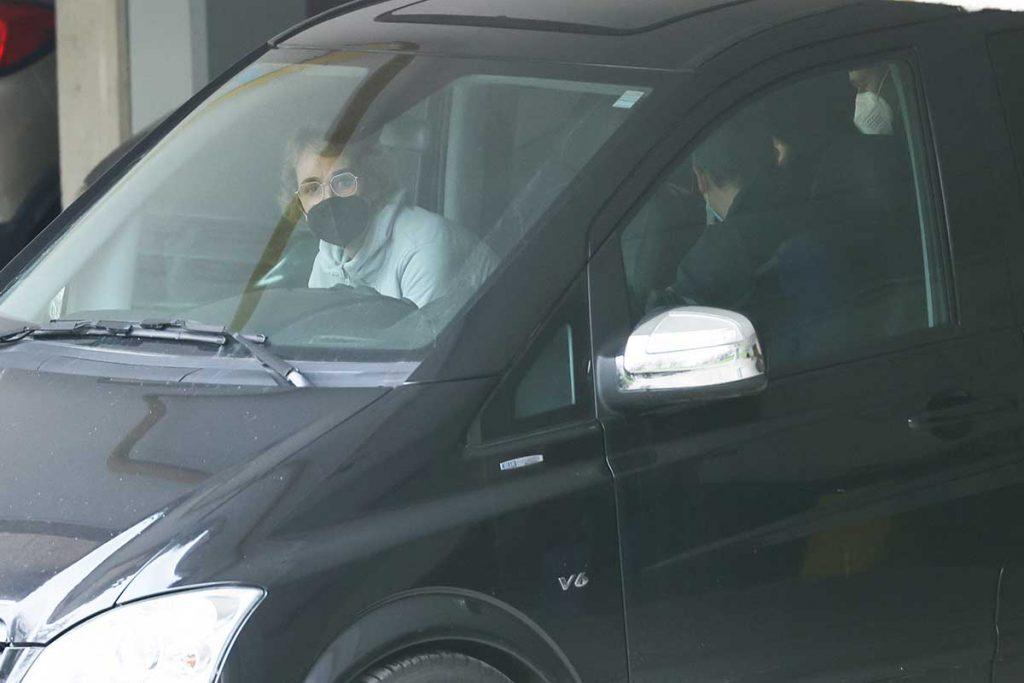 Iñaki Urdangarin llega a la casa de su madre en Vitoria 2
