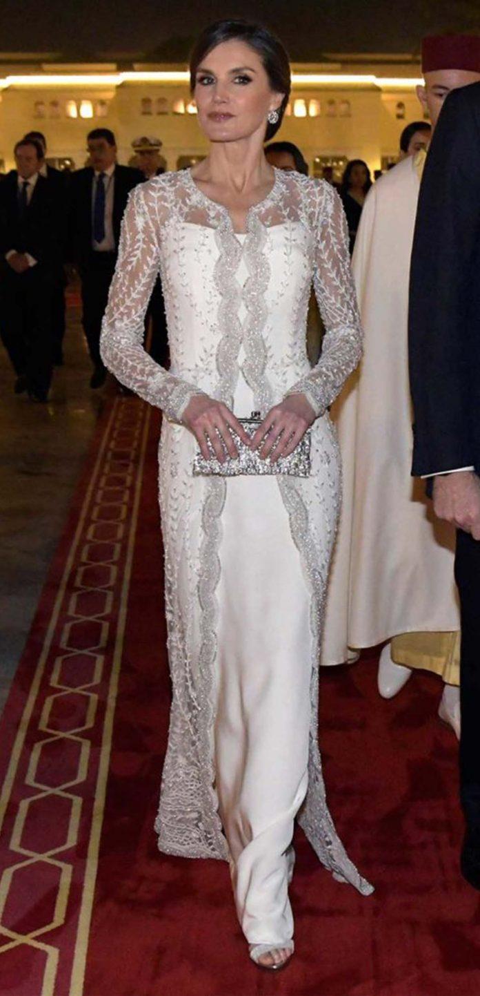 Los looks de la Reina Letizia que más han impactado en el exterior 14