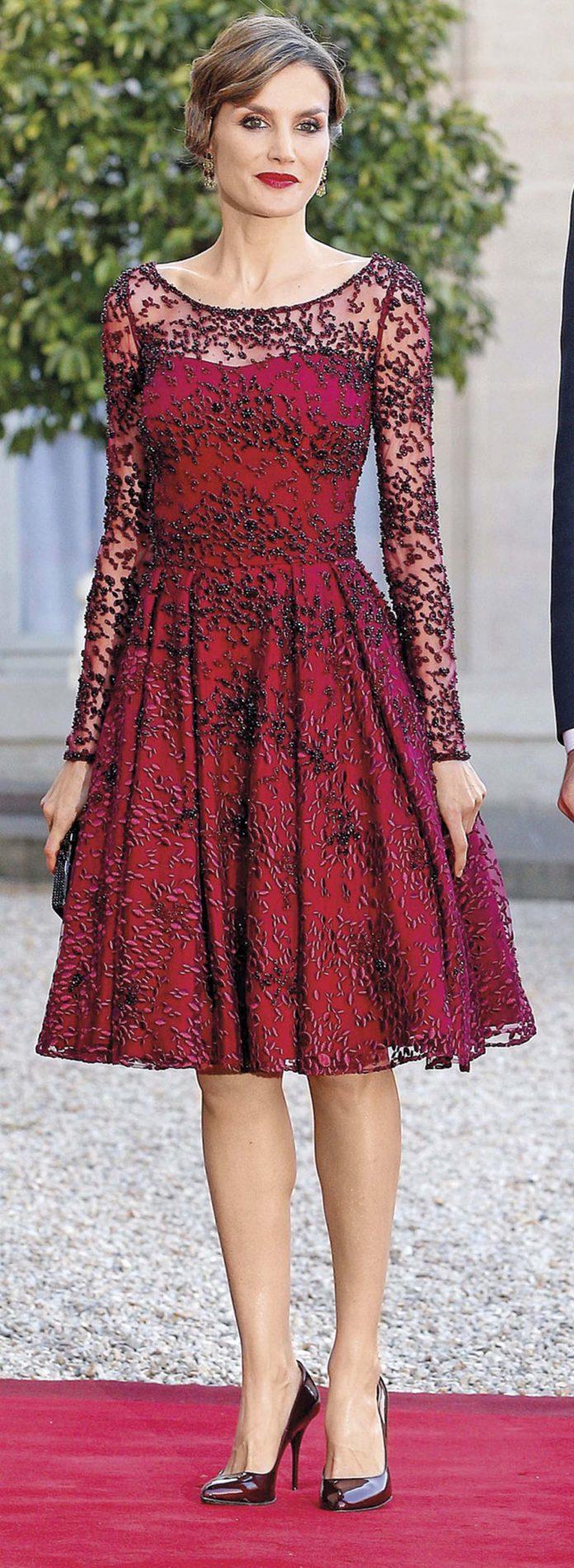 Los looks de la Reina Letizia que más han impactado en el exterior 2