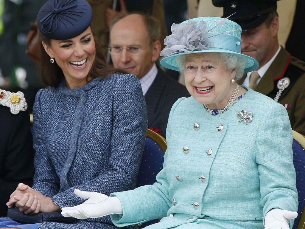 El 'Dream Team' de la reina Isabel: las mujeres de Windsor, lideradas por la princesa Ana, se turnan para acompañarla 6