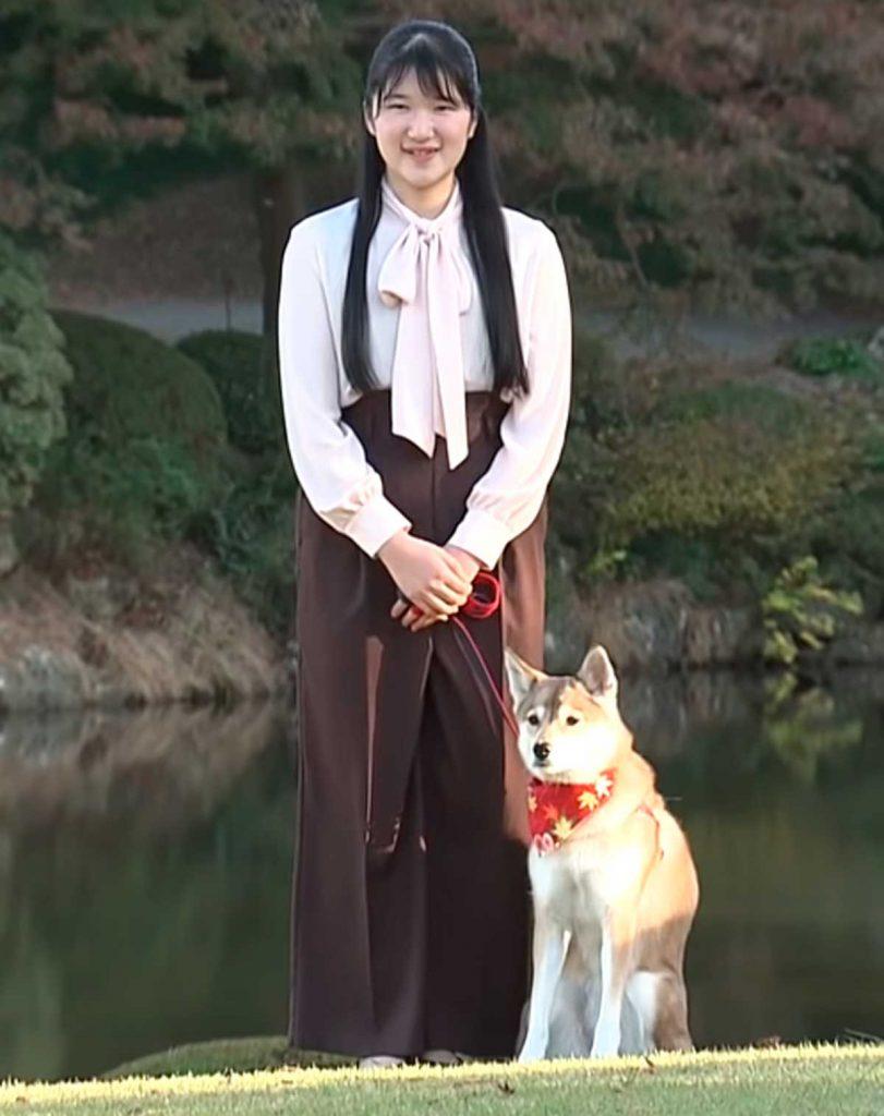 Aiko de Japón está de moda con su nuevo corte de pelo 4