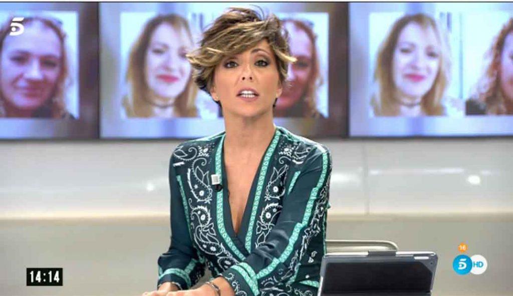 Letizia recupera el vestido que comparte con varios presentadores 4