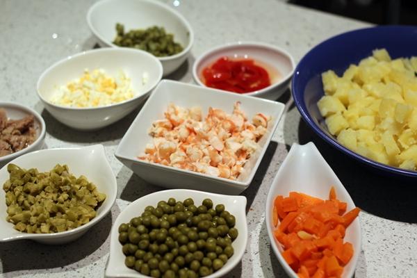Ingredientes de la ensalada rusa