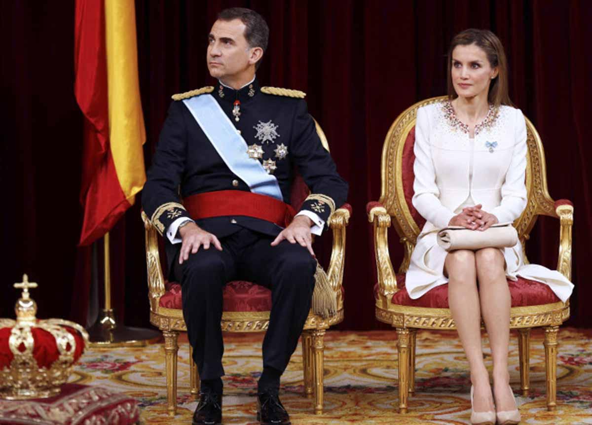 Siete años del reinado de Felipe VI y Letizia: así han envejecido los Reyes 4