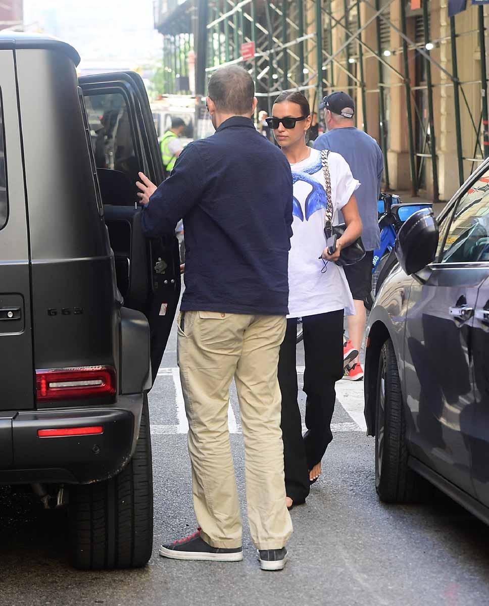 Bradley Cooper e Irina Shayk, de paseo por Nueva York tras el romance de la modelo con Kanye West 2
