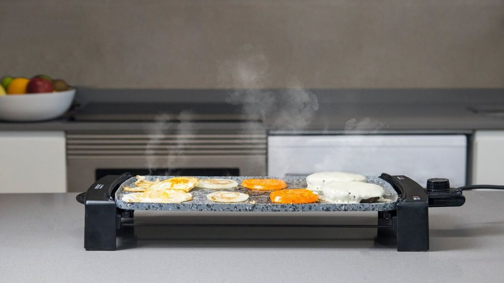 Planchas de grill Cecotec Rock & Water 2500 por menos de 30 euros
