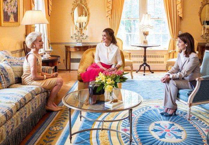 La espectacular maleta con la que Rania de Jordania ha reconquistado Estados Unidos 2
