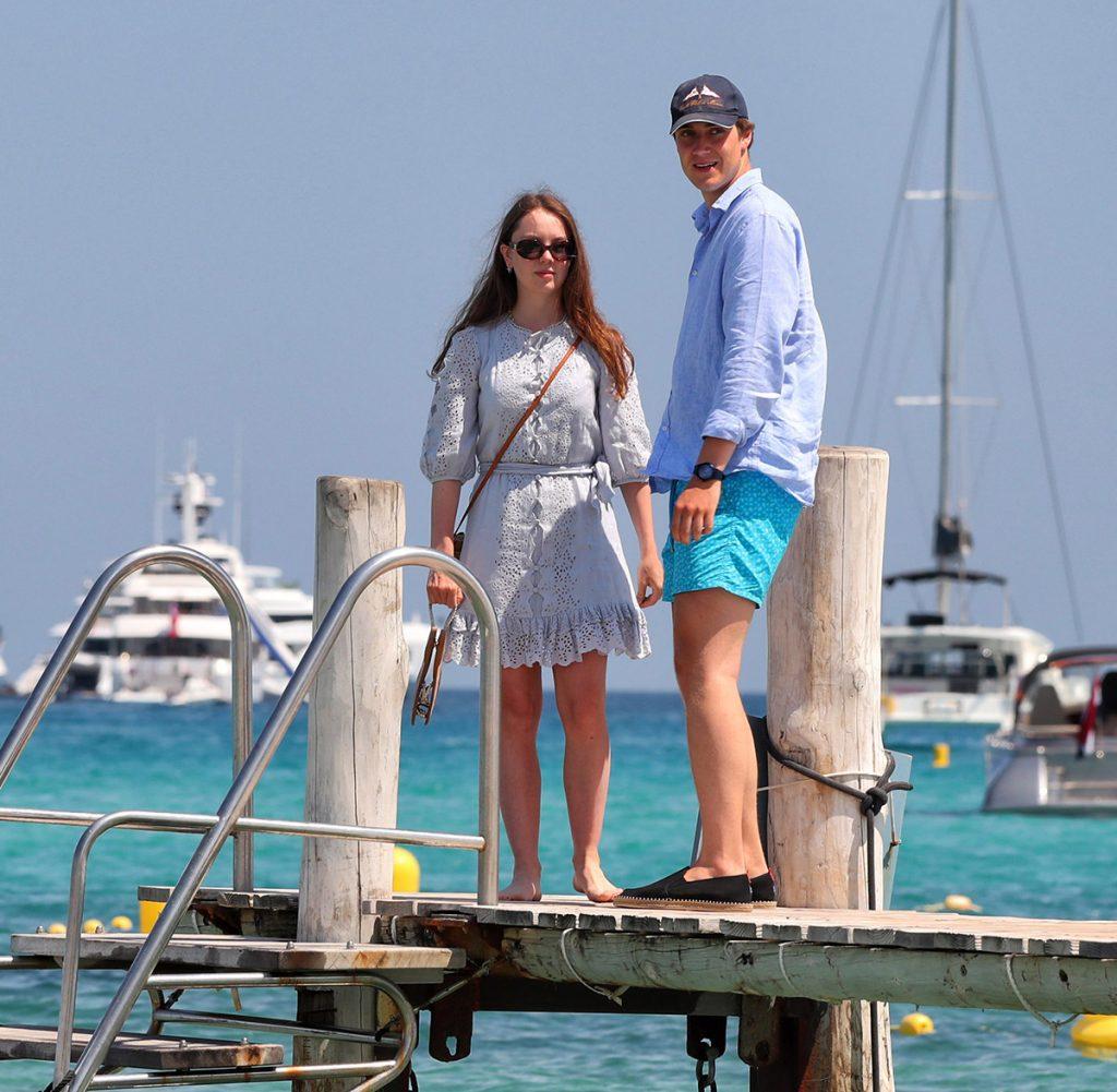 Alexandra de Hannover vive su verano de amor en Saint Tropez 1