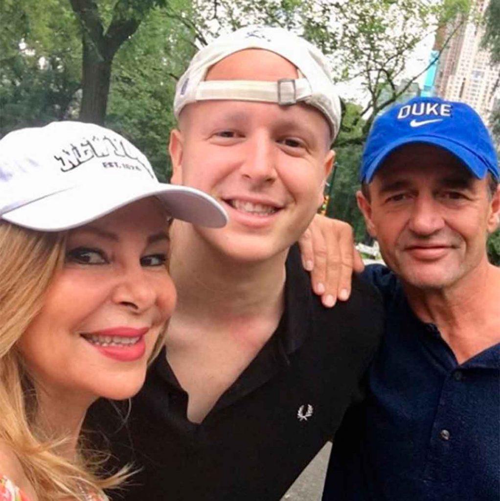 Ana Obregón lamenta el fallecimiento del oncólogo Josep Baselga, un gran apoyo para Álex Lequio 1