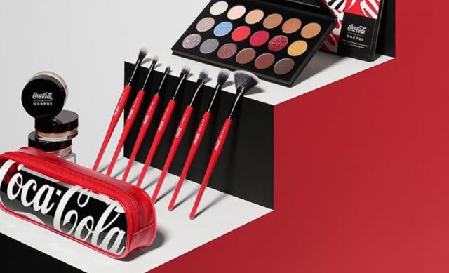 Coca-Cola lanza su propia línea de maquillaje y se agota. ¡Qué! 1