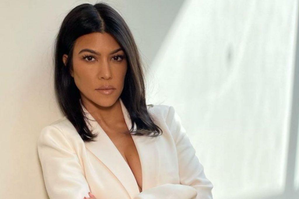 Críticas a Kourtney Kardashian por apoyar la campaña presidencial de Kanye West 1