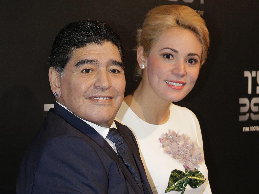 Diego Maradona debe someterse a una cirugía cerebral tras una misteriosa caída 1