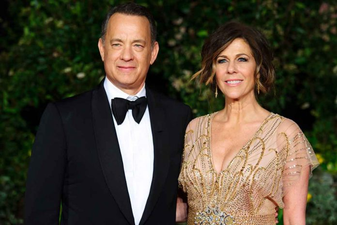 El hijo de Tom Hanks niega la pandemia de coronavirus y las vacunas y lo incluye con su loco video 1