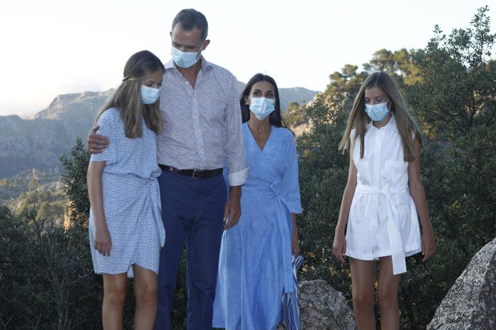 El misterio de las vacaciones secretas de Felipe y Letizia fuera de España 1