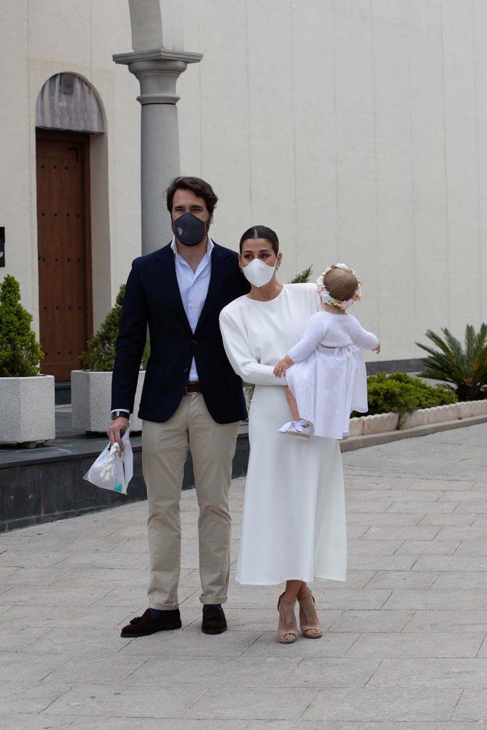 Elena Tablada y Javier Ungría celebran el bautizo de su hija Camila 2