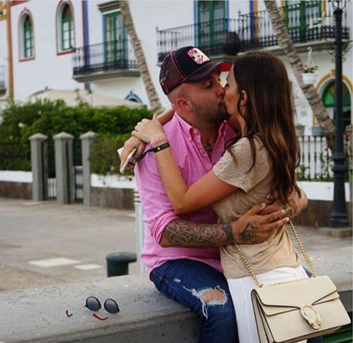 Fotos del día: El beso (ahora prohibido) entre Kiko Rivera e Irene Rosales 1