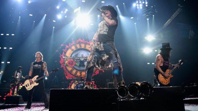 Guns N 'Roses ABSUЯD