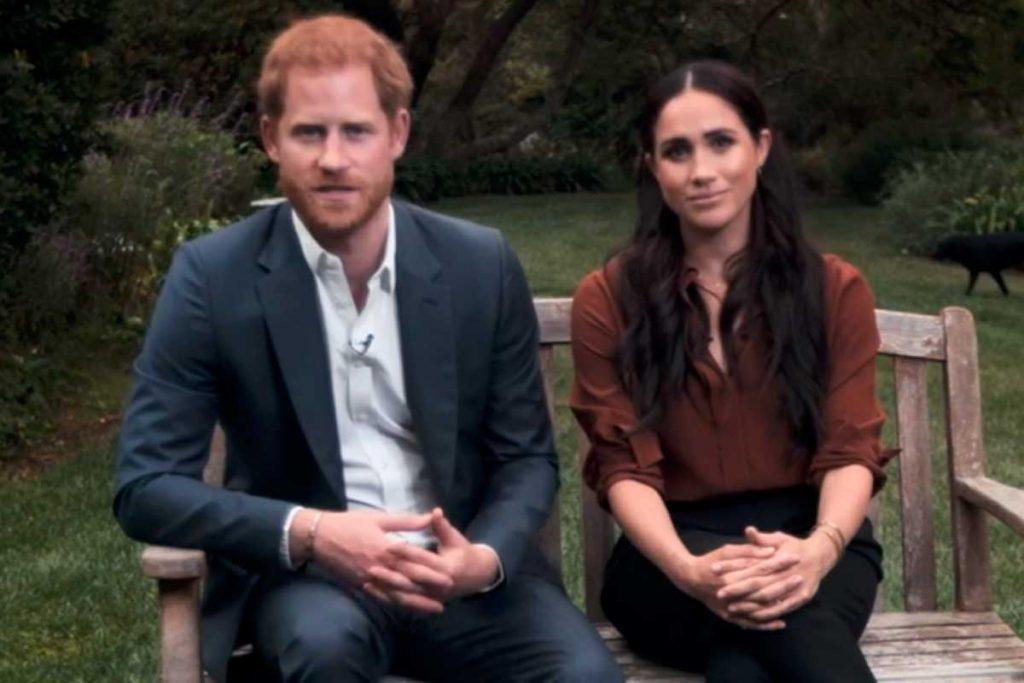 """El príncipe Harry volverá a Londres sin Meghan Markle para """"evitar dolores de cabeza"""" 2"""