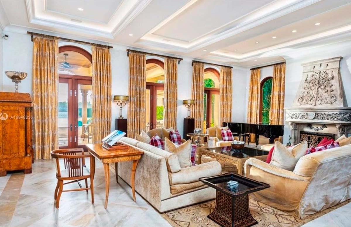Jennifer Lopez y Álex Rodríguez compran una mansión en Miami por 28 millones de euros 1