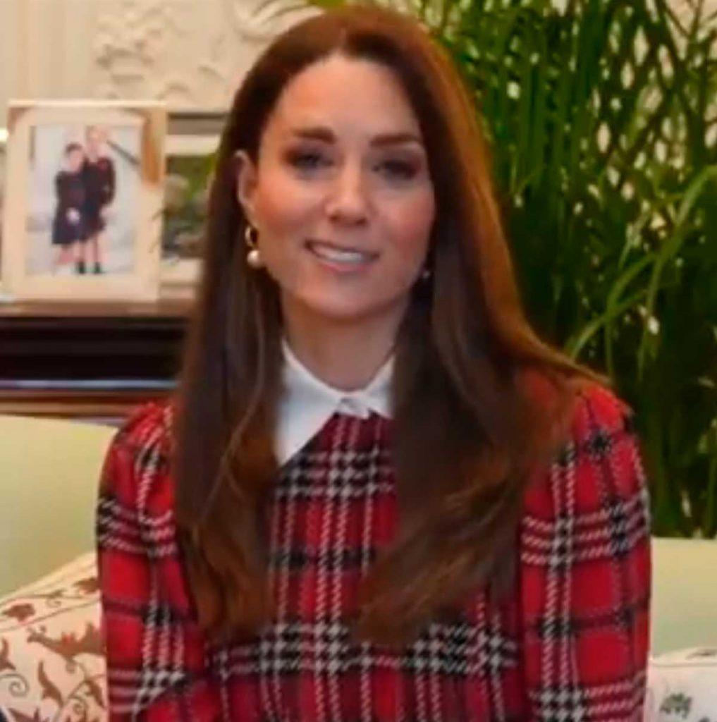 Kate Middleton, la 'Braveheart' de los Windsor en tartán escocés 1