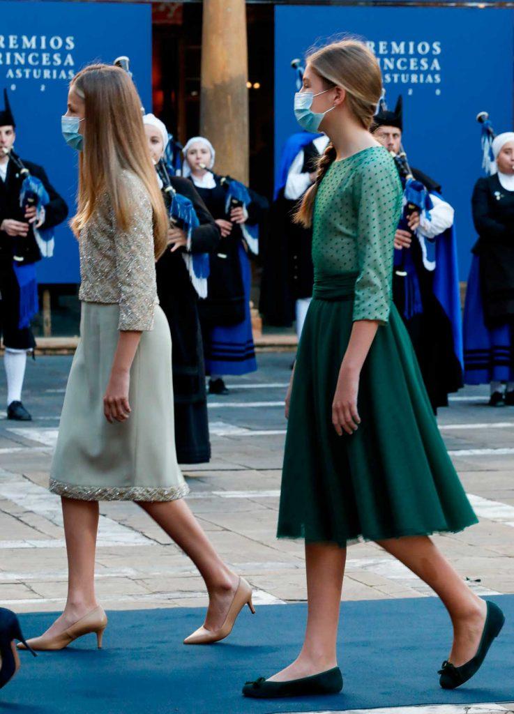 Leonor y Sofía: los gestos de dos adolescentes en busca de una mayor libertad 4