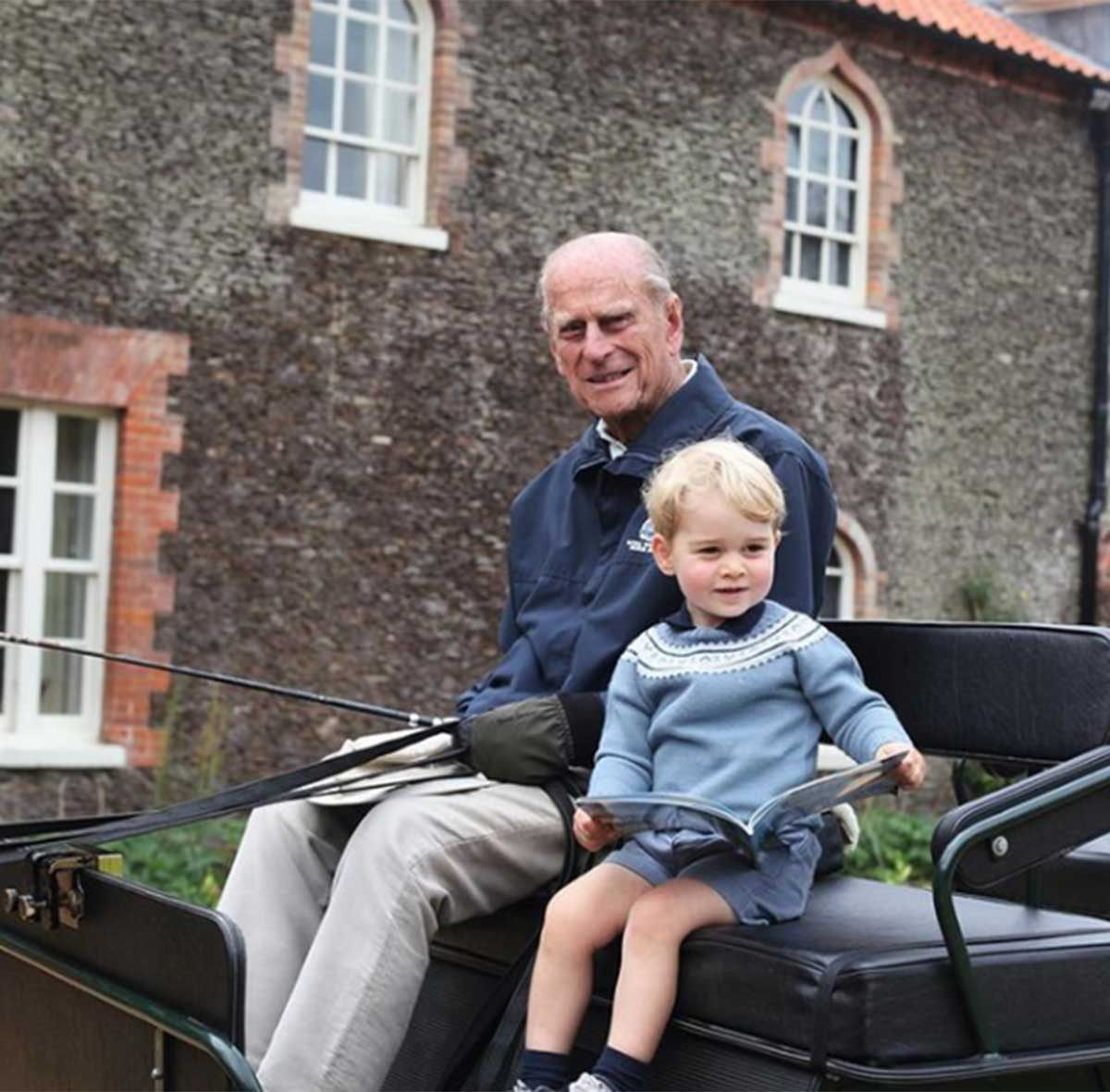 """La burla del príncipe William a su hermano: """"Kate y yo seguiremos haciendo lo que a él le hubiera gustado y apoyaremos a la reina"""". 1"""