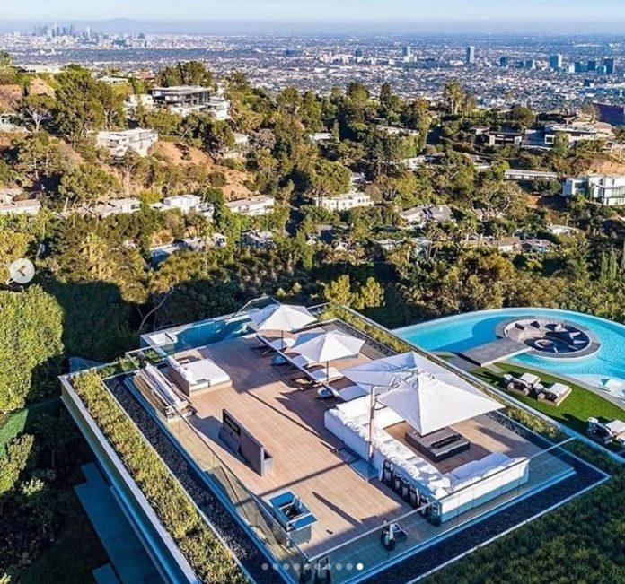 La impresionante mansión que LeBron James ha comprado por 47 millones de euros en Los Ángeles. 1