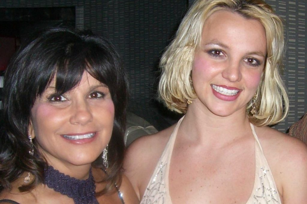 La madre de Britney Spears exige la libertad de su hija 1