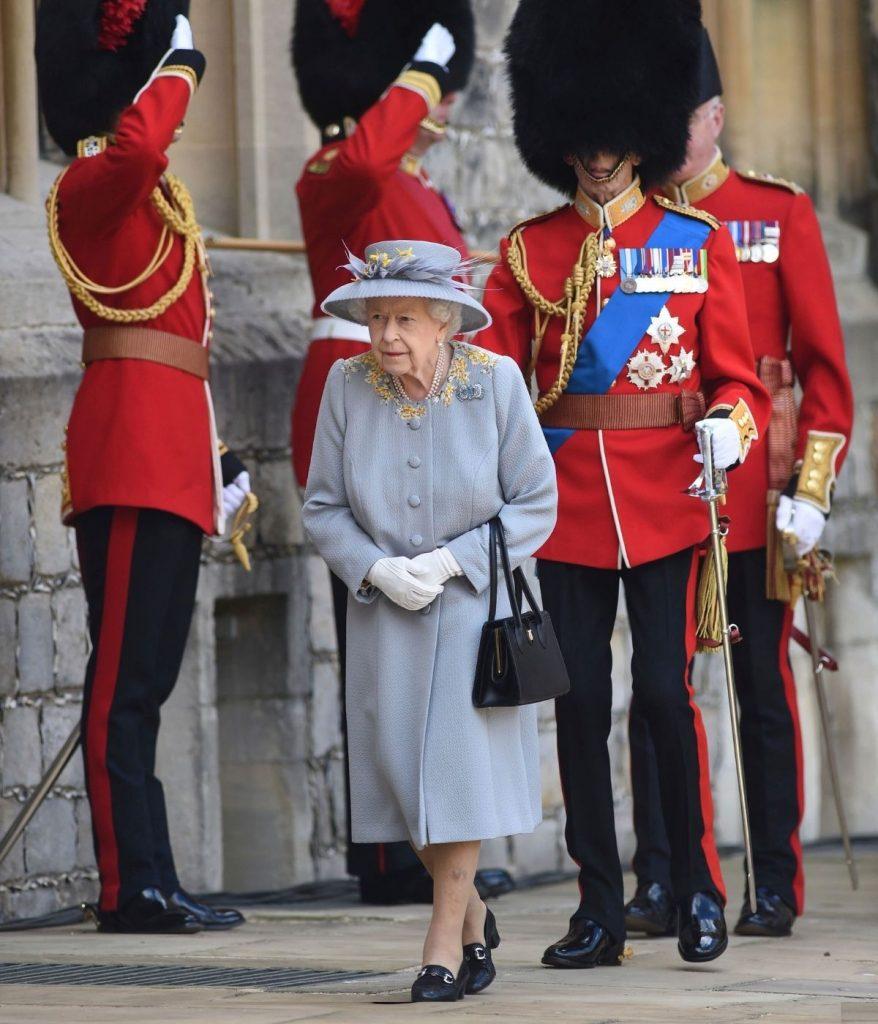 La reina Isabel II preside el 'Trooping the Color', el primero sin el duque de Edimburgo 1