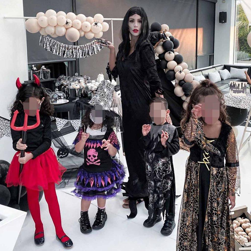 Los disfraces más terroríficos de los famosos en un atípico Halloween 2020 1