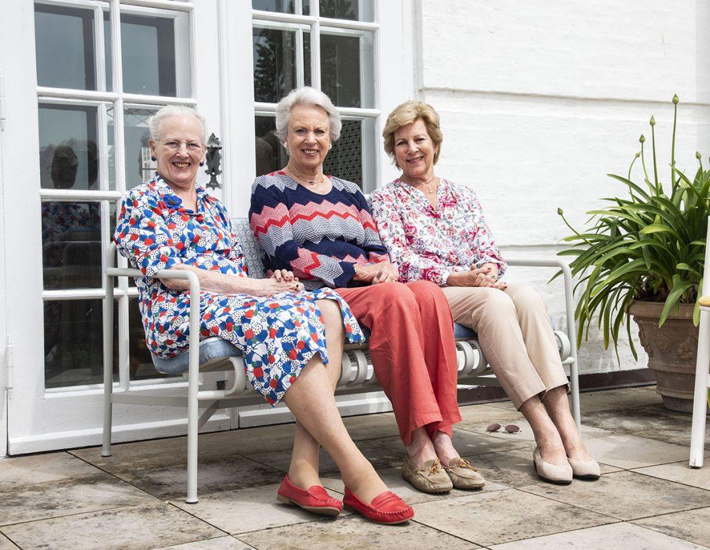 Margarita de Dinamarca comienza sus vacaciones con sus hermanas 1