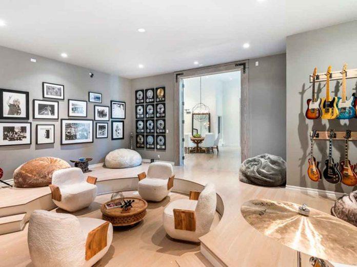 Selena Gómez compra la antigua casa del músico Tom Petty por 4,5 millones de euros. 1