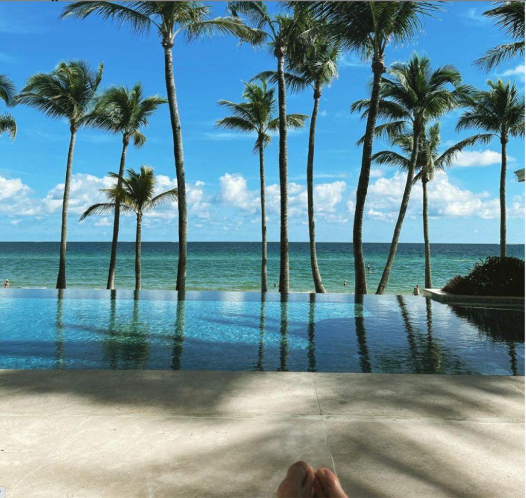 Tommy Hilfiger vende su mansión en Miami por 23 millones: mucho 1