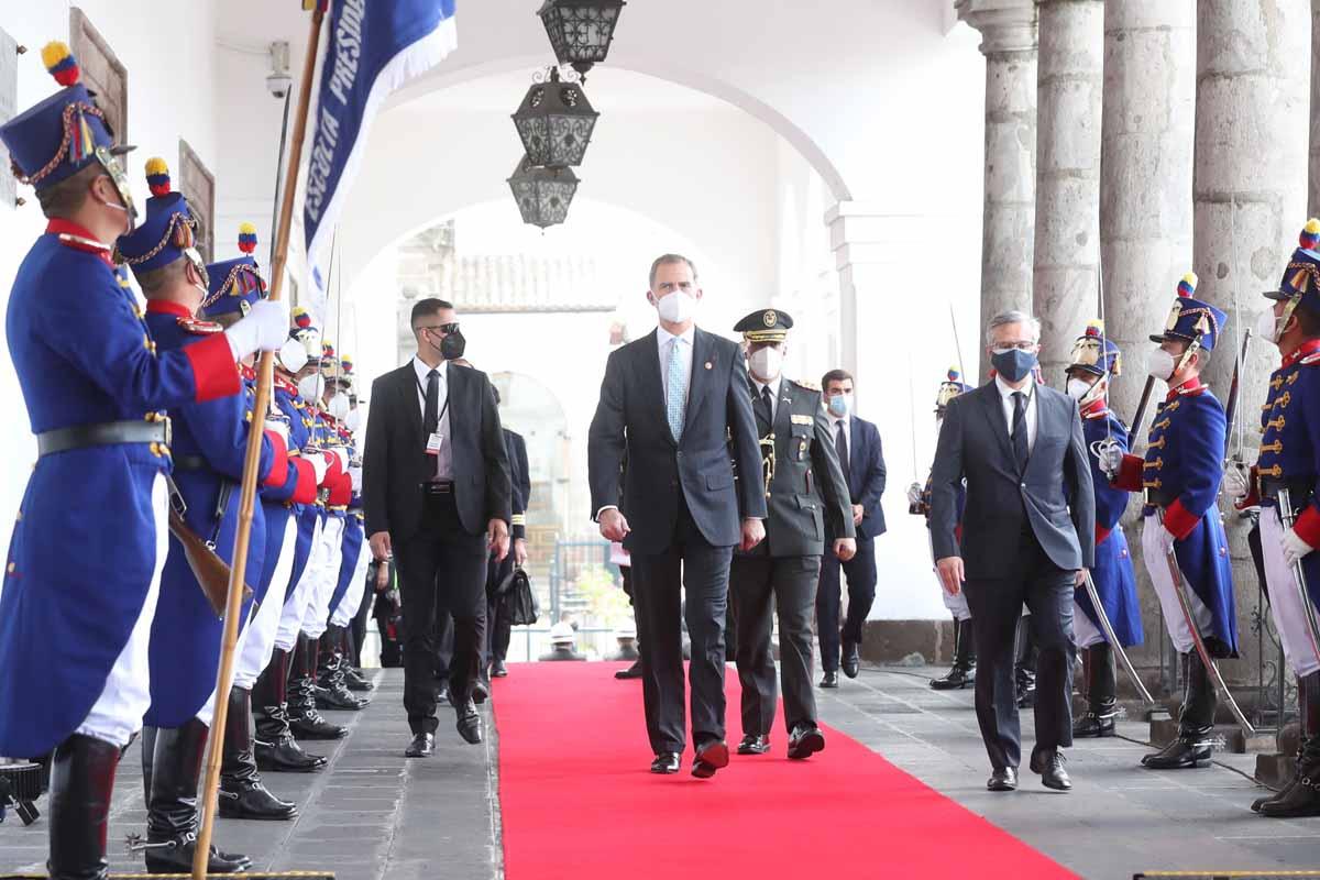 Tras las huellas del rey Felipe en Ecuador: lo que ha hecho en su viaje sin Letizia 1