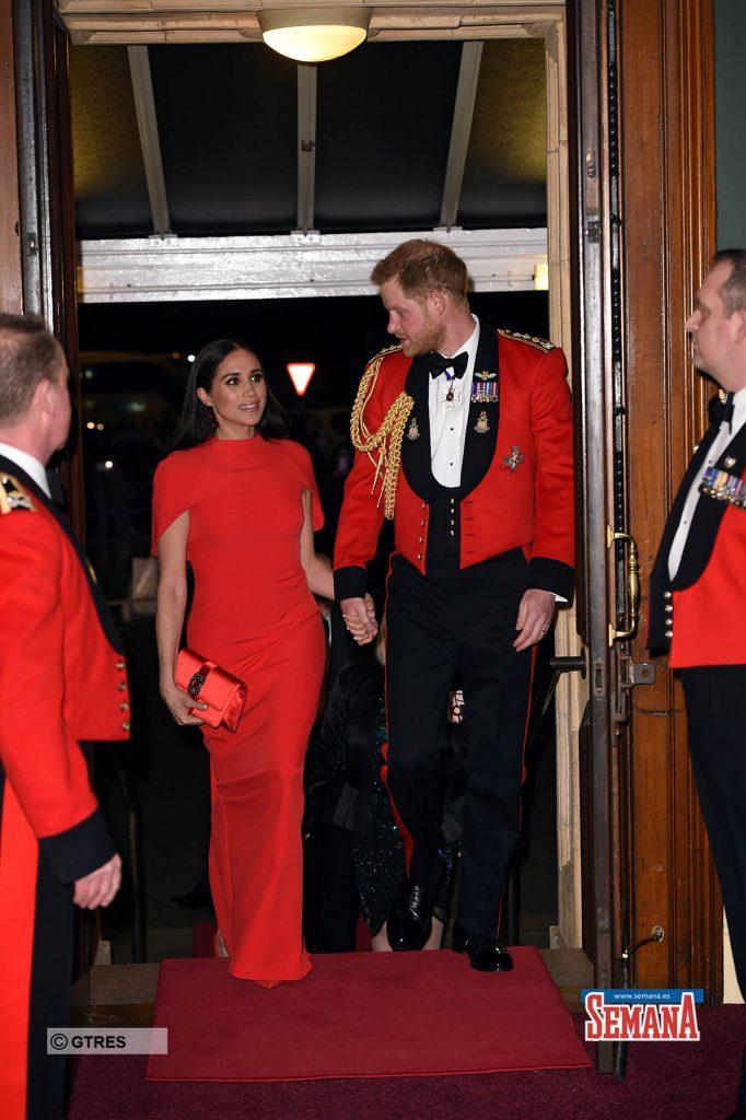 Una espectacular Meghan Markle eclipsa a su capitán, el príncipe Harry 1