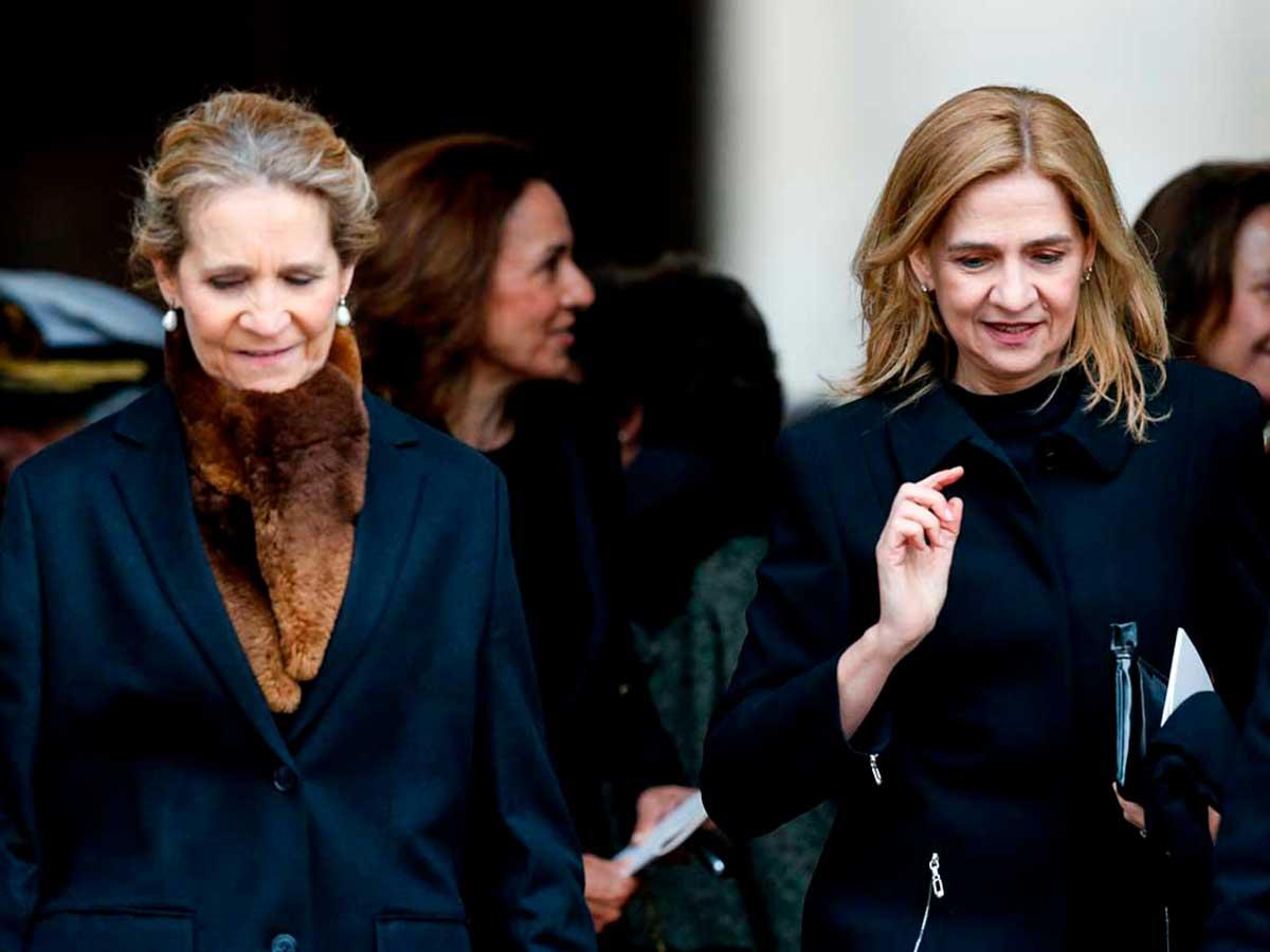 Infanta Cristina, Infanta Elena